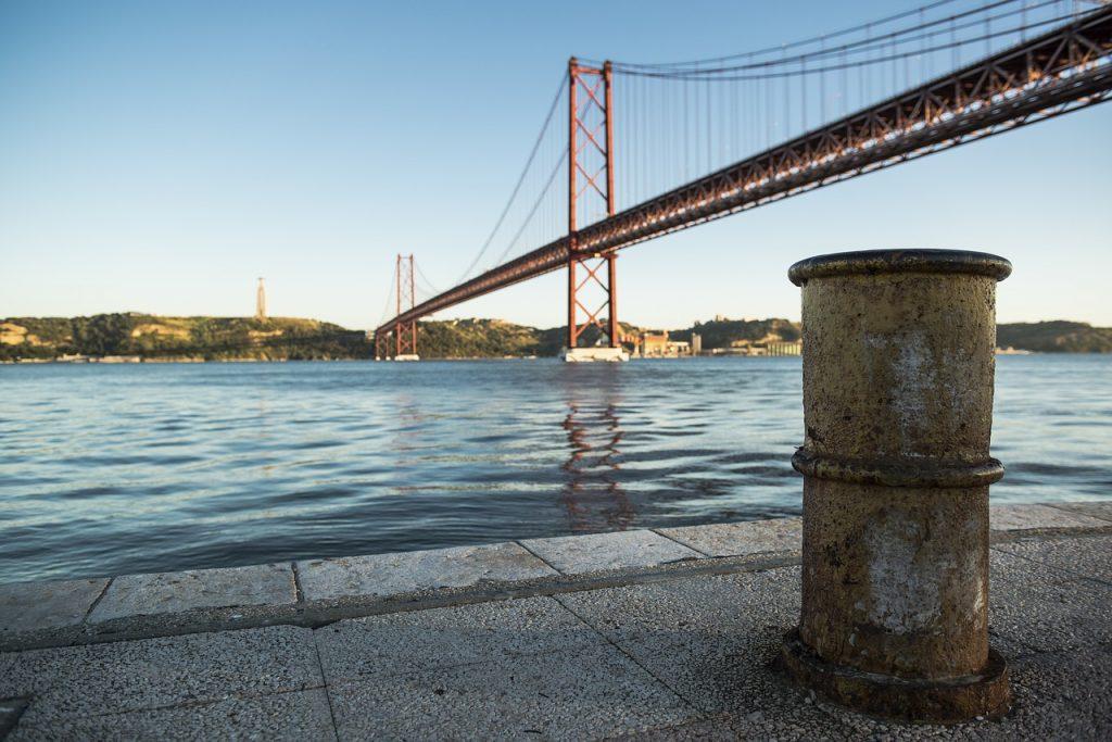abril, bridge, tejo